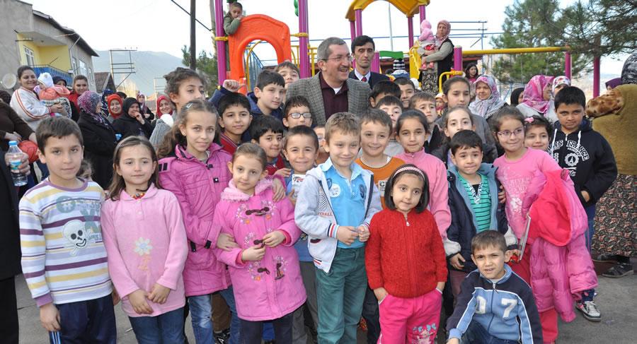Karabük Belediye  Başkanı Rafet Vergili'nin 23 Nisan Ulusal Egemenlik ve Çocuk Bayramı Kutlama Mesajı
