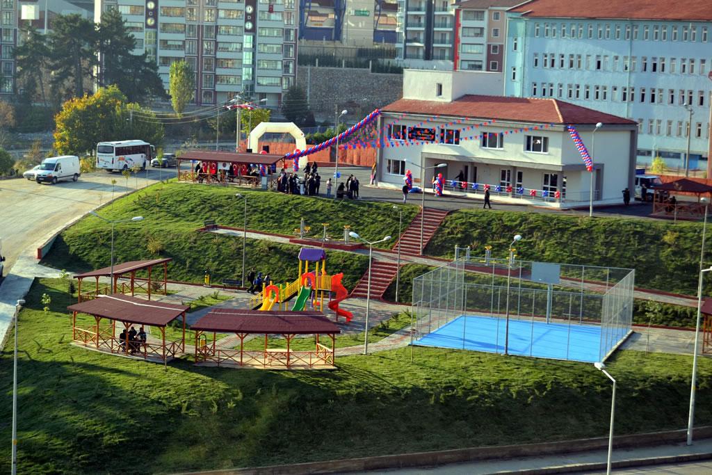 Ergenekon Mahallesi Sosyal Yaşam Merkezi