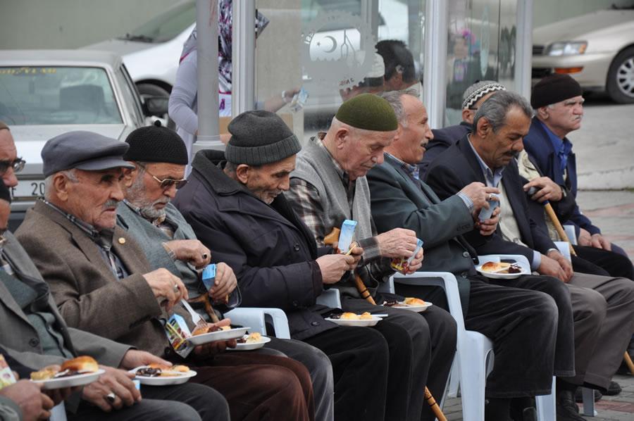 Karabük Belediyesi Yaşlıları Unutmadı