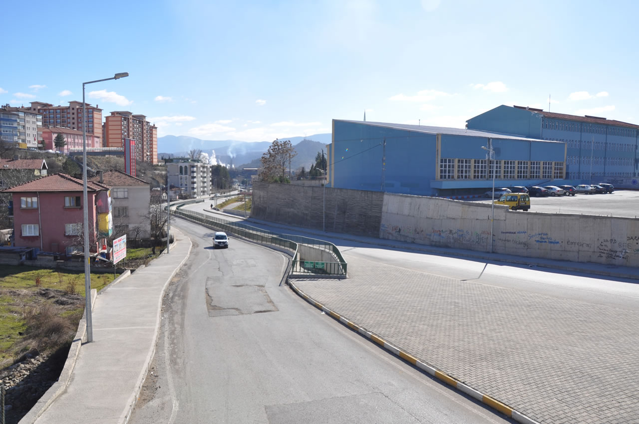 Onur Park - Endüstri Meslek Lisesi Arası Yeni Açılan Yol