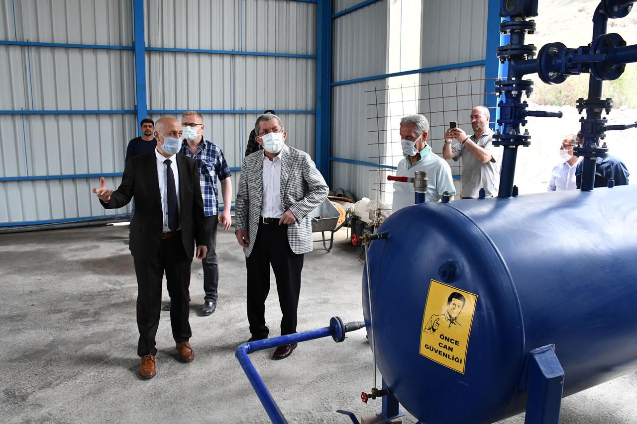 Plastik Atıkların Piroliz Yöntemi ile Bertaraf Edilmesi ve Geri Kazanımı Projesi