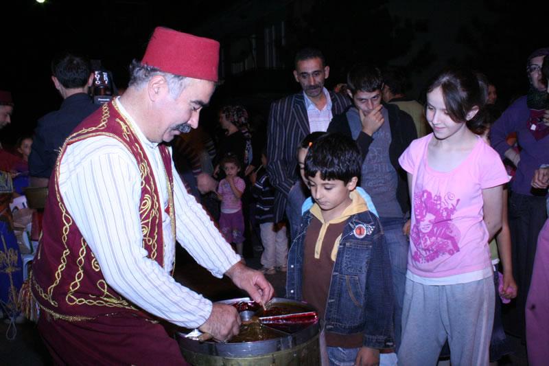 Atatürk Mahallesi Çalova Parkı´nda Ramazan Ay´ı Etkinlikleri (2009)