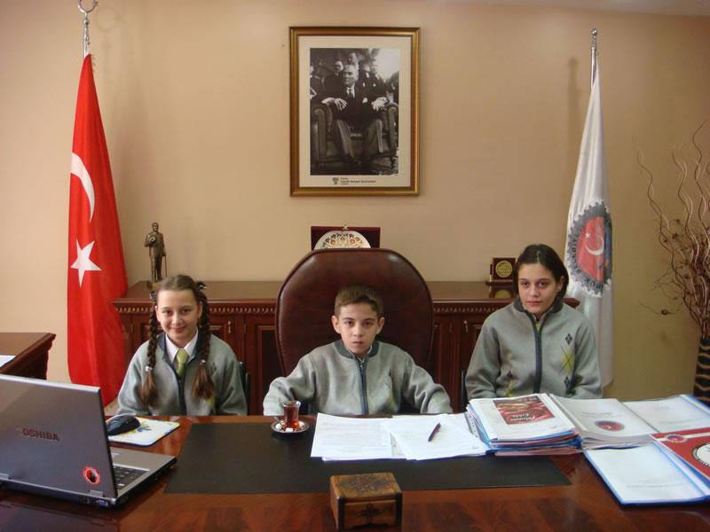 23 Nisan Ulusal Egemenlik ve Çocuk Bayramı (2010)