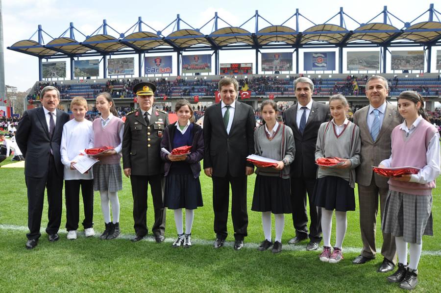 23 Nisan Ulusal Egemenlik ve Çocuk Bayramı (2011)
