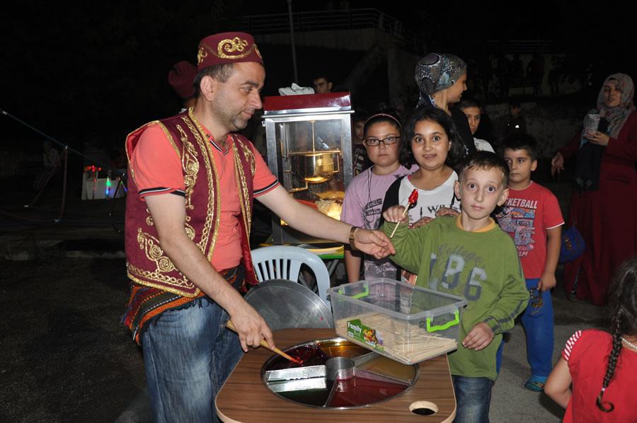 Aydınlıkevler Mahallesi Ramazan Eğlencesi