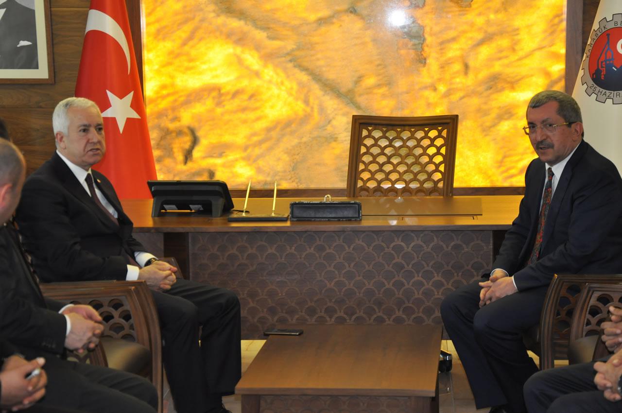 MHP Genel Başkan Yardımcısı Sadir Durmaz´dan Başkan Vergili´ye Ziyaret