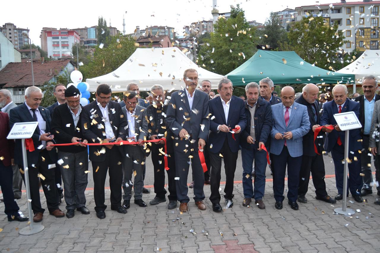 Yeşil Mahalle Atatürk Bulvarı Park Açılışı Yapıldı