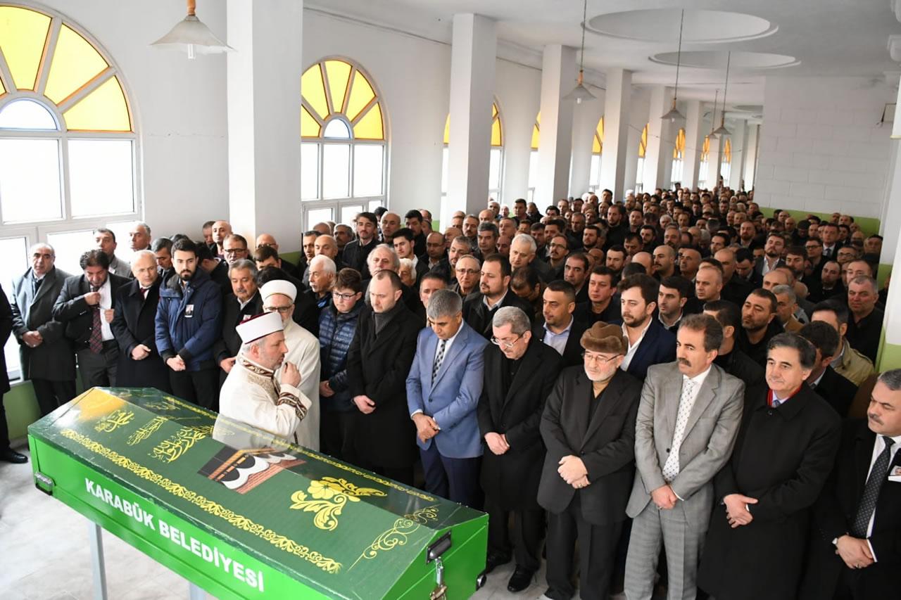 Hacı Nazım Çapraz Son Yolculuğuna Uğurlandı