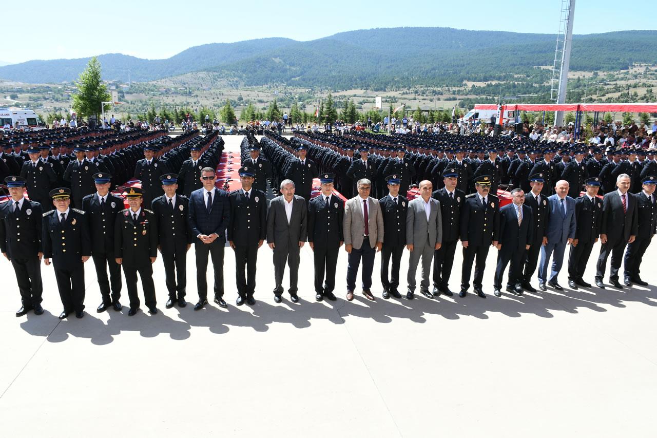 Başkan Vergili Karabük POMEM Mezuniyet Törenine Katıldı