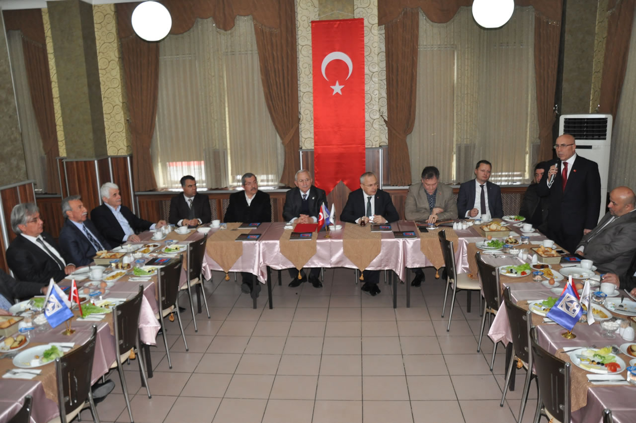 Başkan Vergili Türk Dünyası Mühendisler ve Mimarlar Birliği Toplantısı'na Katıldı