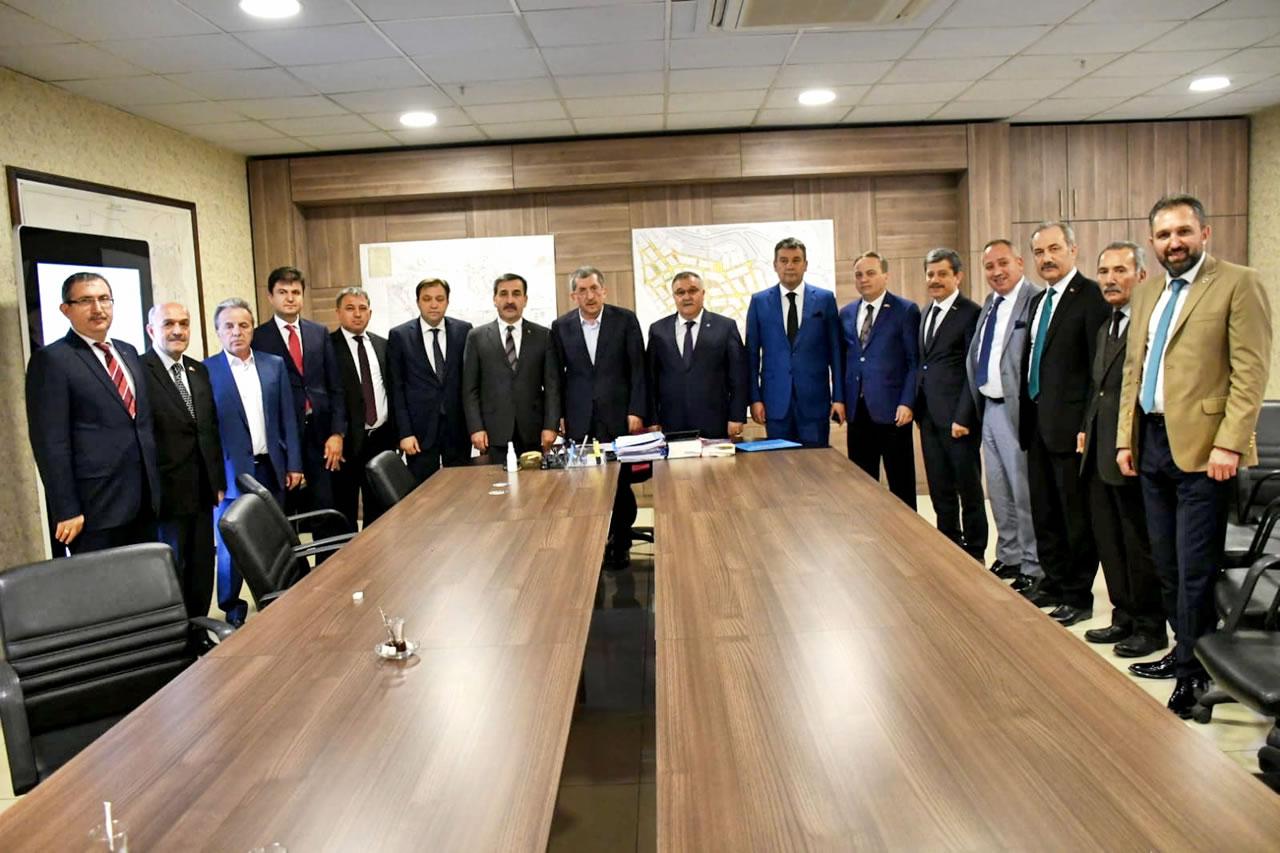 Türkiye Kamu-Sen Genel Başkanı Kahveci ve Karabük Şube Başkanı Kurtoğlu ile Yönetiminden Vergili'ye Ziyaret