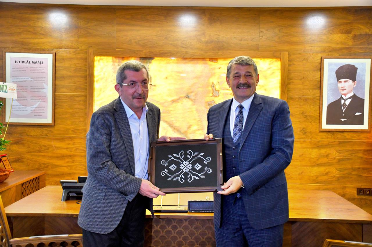 Bartın Belediye Başkanı Akın'dan Başkan Vergili'ye Hayırlı Olsun Ziyareti