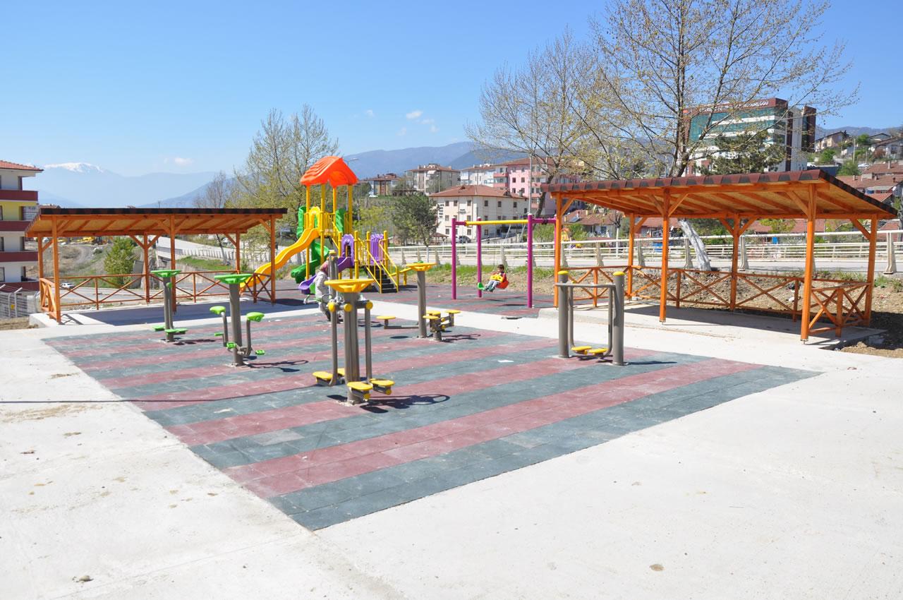 Karabük Belediyesinden Karabük'e Yeni Parklar