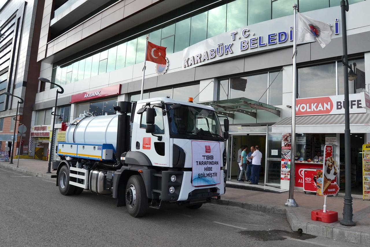 Karabük Belediyesi Araç Filosuna Yeni Bir Araç Daha Eklendi
