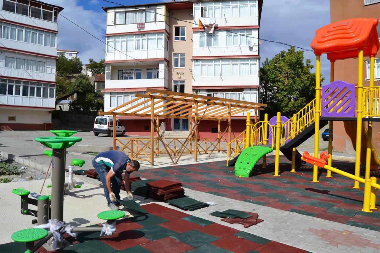 Karabük Belediyesi'nden Karabük'e Yeni Parklar