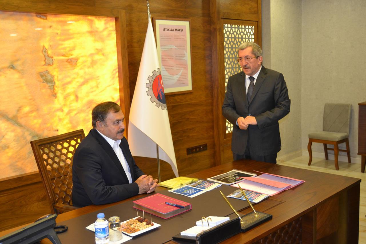 Bakan Eroğlu'ndan Başkan Vergili'ye Ziyaret