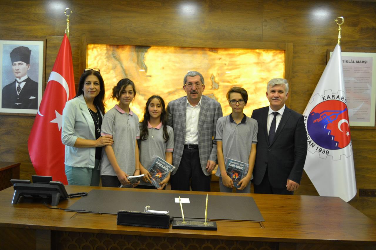 Öğrencilerden Başkan Vergili'ye İlköğretim Haftası Ziyareti