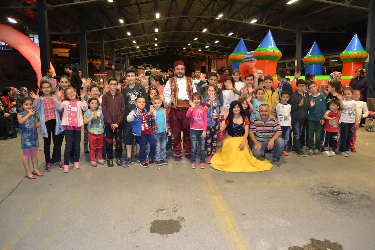 Birbirinden Güzel Gösterilerin Yer Aldığı Etkinlikte Çocuklar ve Aileler Doyasıya Eğlendiler