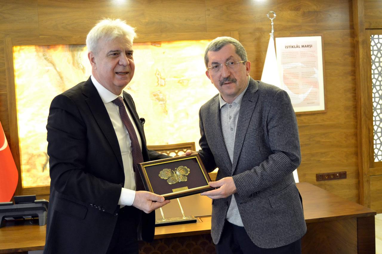 Makedonya Devlet Bakanı Kahil´den Başkan Vergili´ye Ziyaret