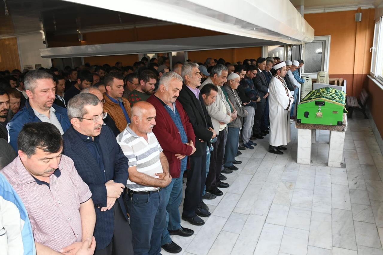 Karabük Belediyesi Personellerinden Arslan Son Yolculuğuna Uğurlandı
