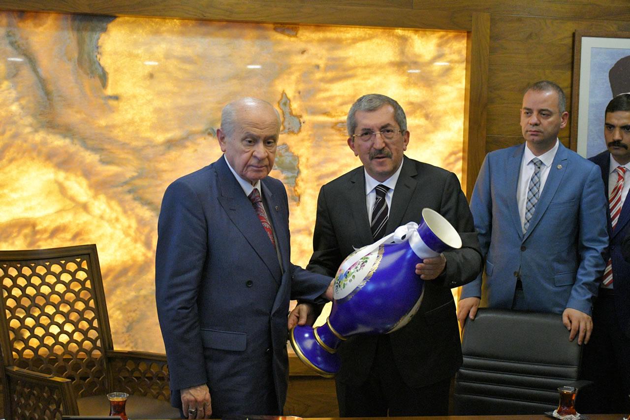 MHP Genel Başkanı Sayın Devlet Bahçeli Teşekkür, Takdir ve Tebrik Ziyaretleri Kapsamında Karabük Belediyesi´ni Ziyaret Etti