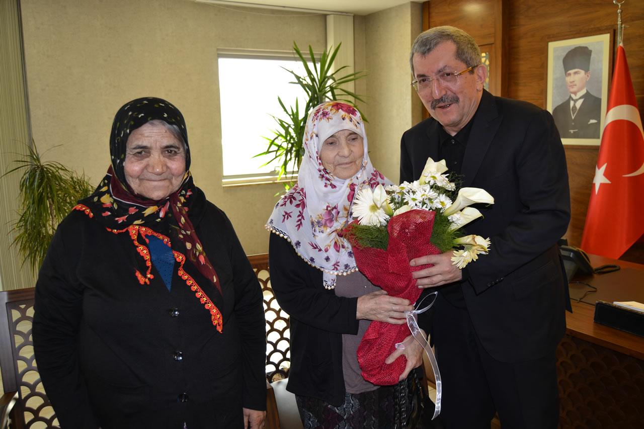 Huzurevi Sakinlerinden Başkan Vergili'ye Ziyaret