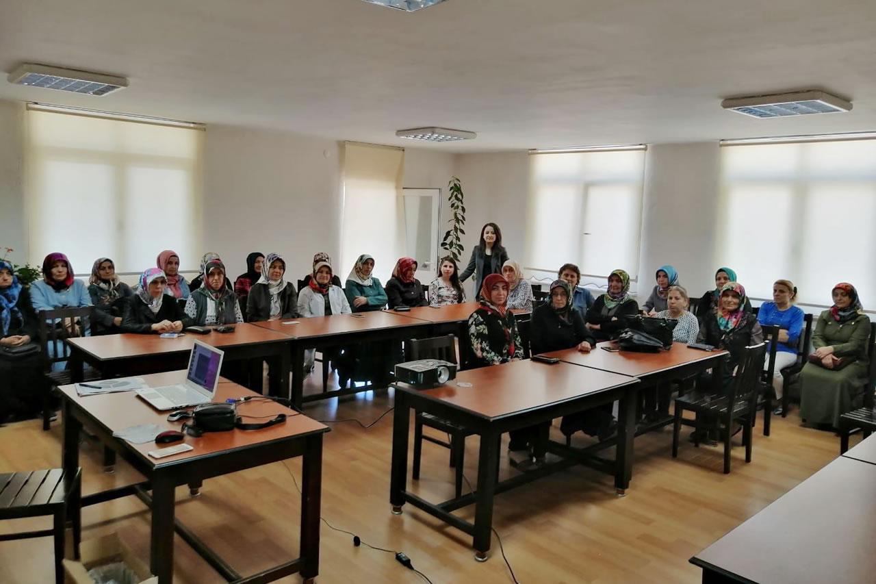 Karabük Belediyesi Tarafından İntiharı Önleme Konusunda Farkındalık Yaratılması ve İntihar Olaylarının Azaltılması Konulu Seminer Gerçekleştirildi