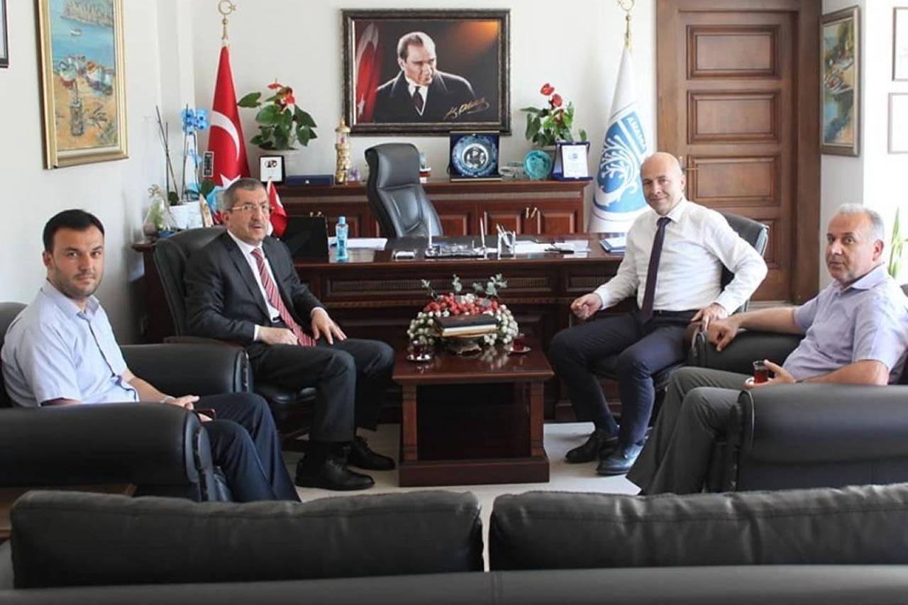 Başkan Vergili´den Amasra Belediye Başkanı Çakır´a Ziyaret