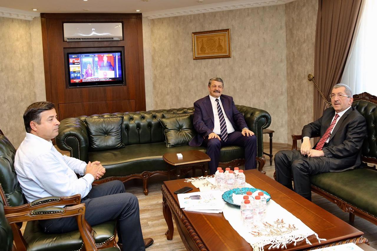 Başkan Vergili´den Bartın Belediye Başkanı Akın´a Ziyaret