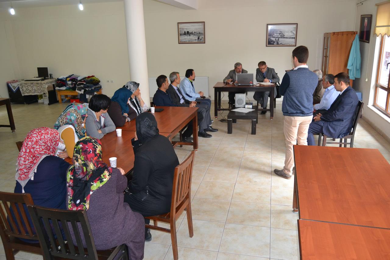 Gezici Başkanlık Ofisi Uygulaması Öğlebeli Mahallesi ile Devam Etti