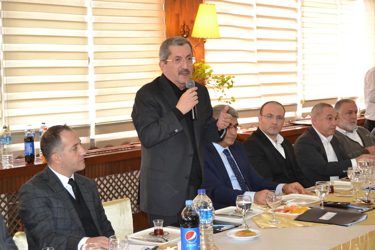 Başkan Vergili Karabük OSB'de Faaliyet Gösteren İş Adamları ile Bir Araya Geldi