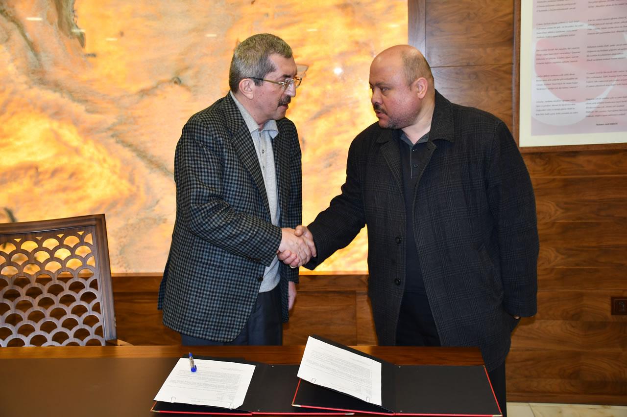 Karabük Belediye Başkanlığı ve Kayabaşı Mahallesi Cami Yaptırma ve Yaşatma Derneği Arasında Protokol İmzalandı