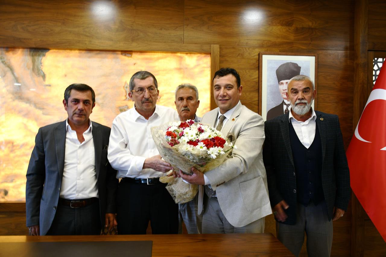 Karabük Merkez Mahalle Muhtarlar Derneği Yeni Yönetiminden Başkan Vergili´ye Hayırlı Olsun Ziyareti