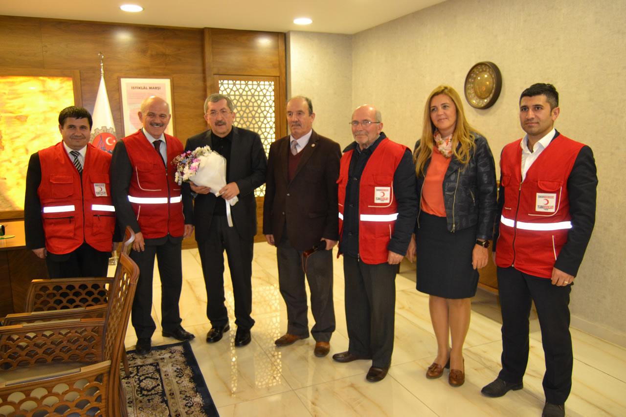 Kızılay'dan Başkan Vergili'ye Ziyaret