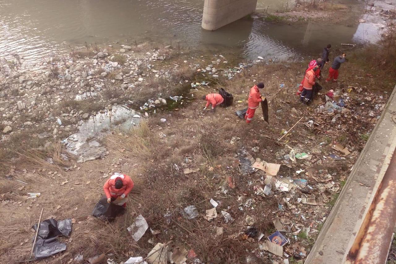 Karabük Belediyesi Ekipleri Temizlik Seferberliğine Aralıksız Devam Ediyor