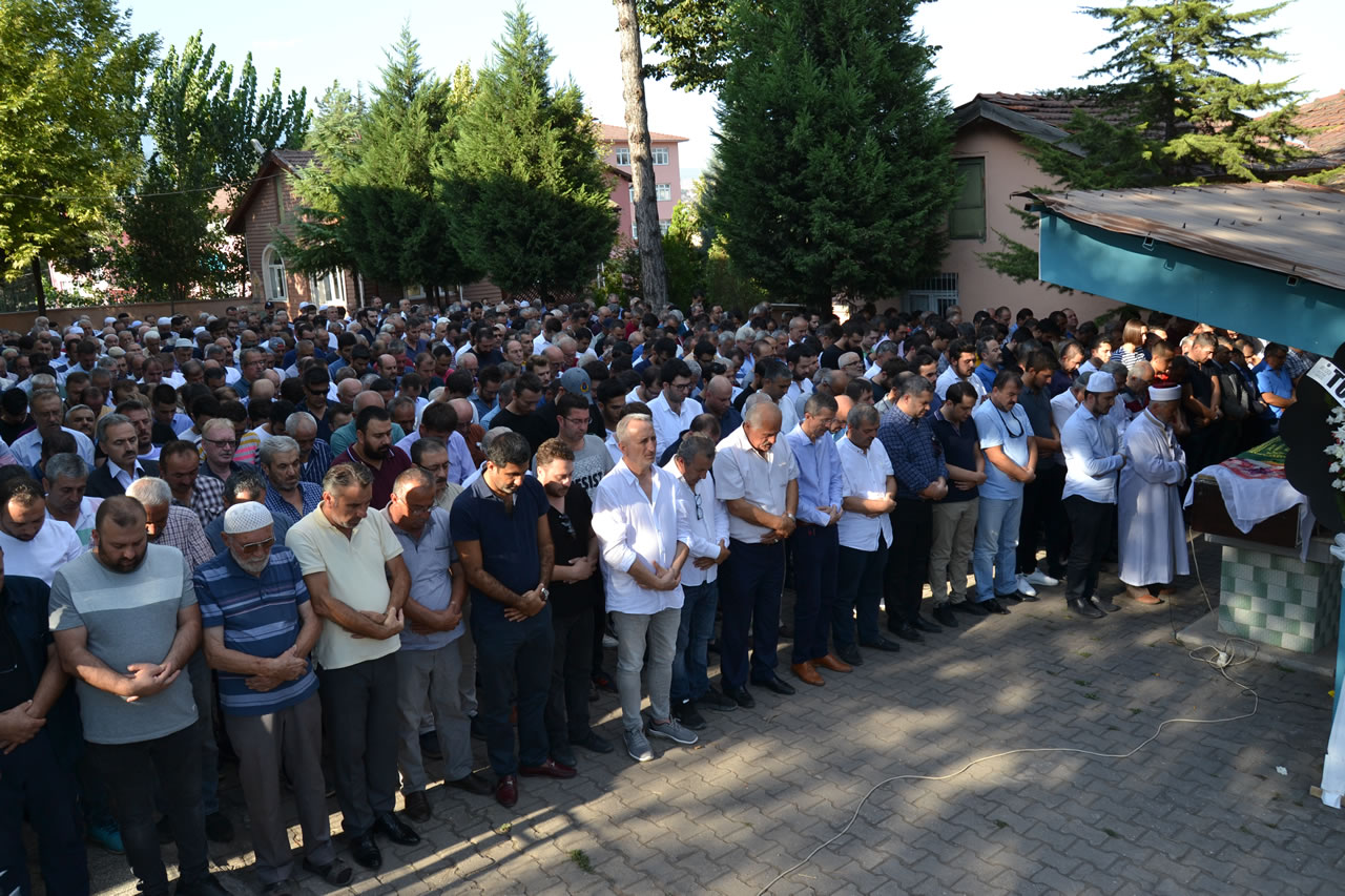 Karabük Belediyesi Fen İşleri Personellerinden Tarımcı'nın Acı Günü