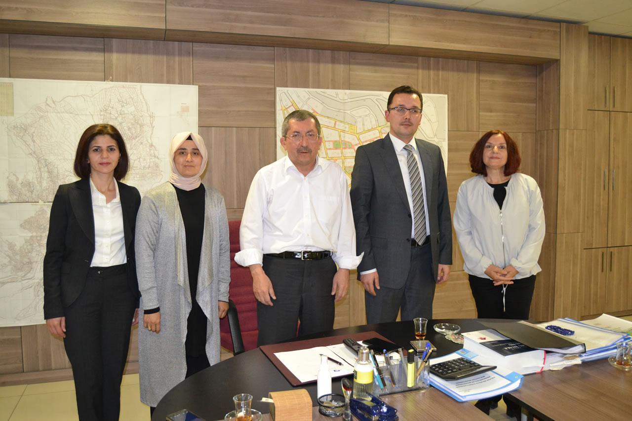 Mehmet Vergili Fen Lisesi Okul Müdürü Odabaşoğlu ve Okul Aile Birliğinden Başkan Vergili´ye Ziyaret