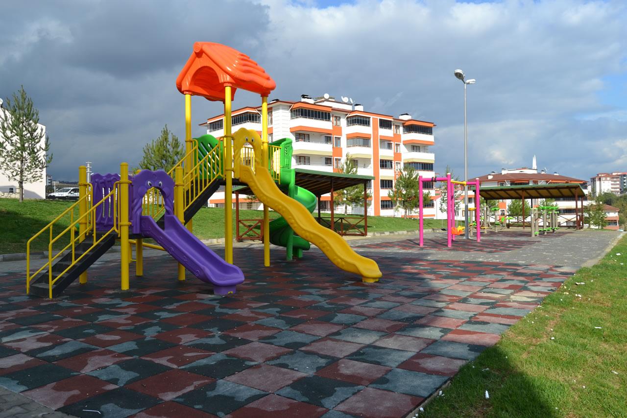 5000 Evler Mahallesi Oba Fırın Üstü Parkı