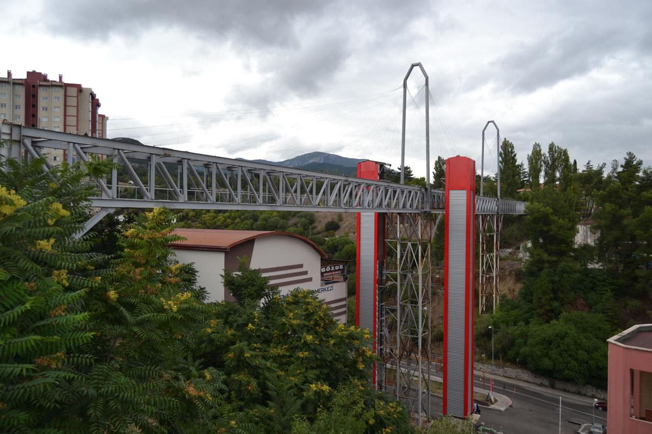 Kartaltepe - Yenişehir Arası Yaya Köprüsü