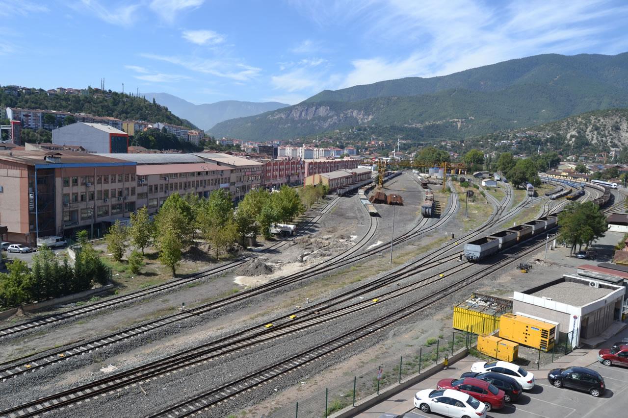 Menderes Caddesi - Zonguldak Caddesi Arası Araç ve Yaya Köprüsü