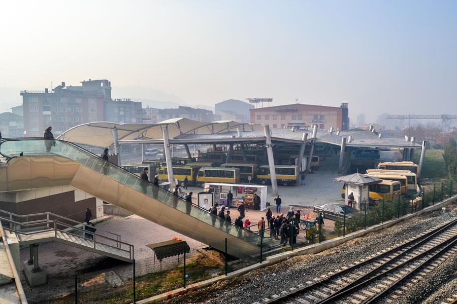 Minibüs Terminali ve Alışveriş Merkezi (25 Nisan 2013'te Hizmete Açıldı)