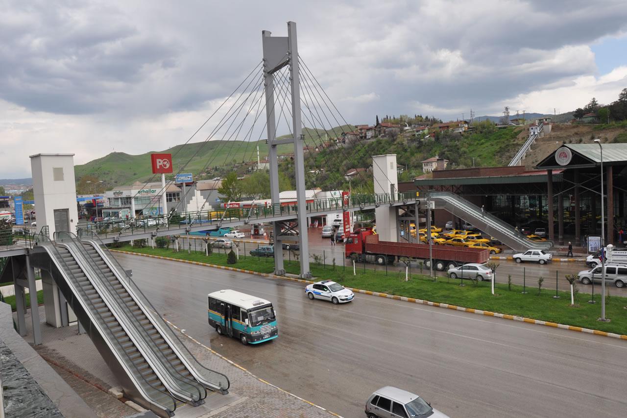 Otobüs Terminali Yaya Üst Geçit Köprüsü Asansörü