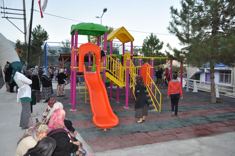 Fevzi Çakmak Mahallesi Öğretmenler Parkı