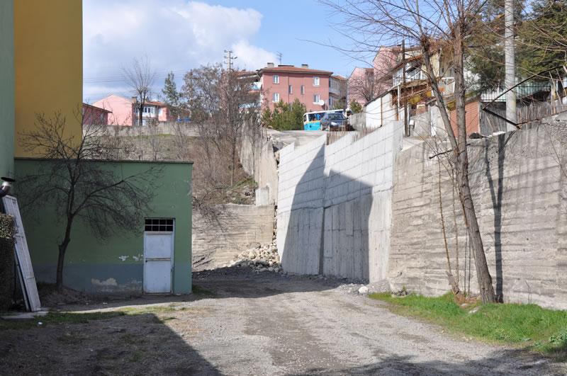 5000 Evler 75. Yıl Mahallesi İstinat Duvarı Çalışmaları