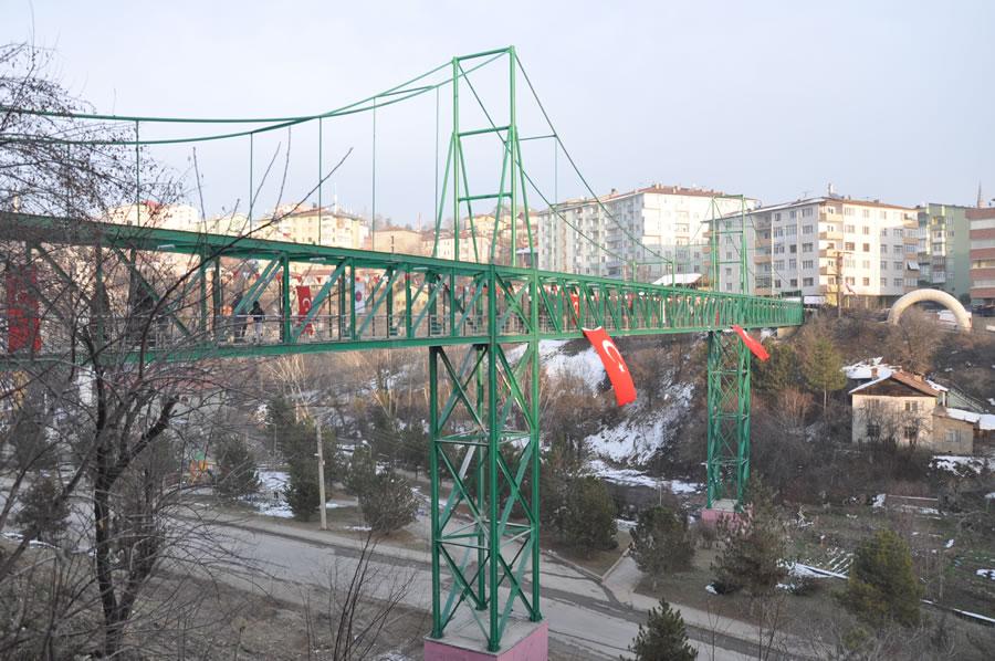 Esentepe - Şirinevler Evler Arası Yaya Üst Geçit Köprüsü