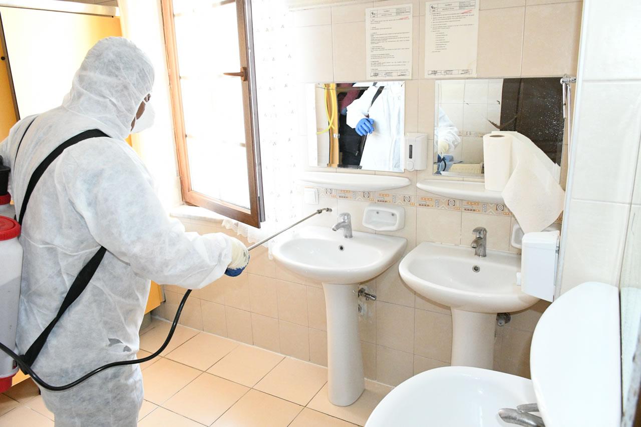 Karabük Belediyesi Dezenfektasyon Çalışmalarına Aralıksız Bir Şekilde Devam Ediyor