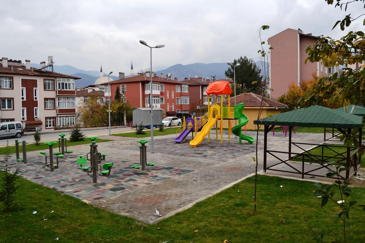 5000 Evler Merkez Camii Yanı Parkı Açılışa Hazır