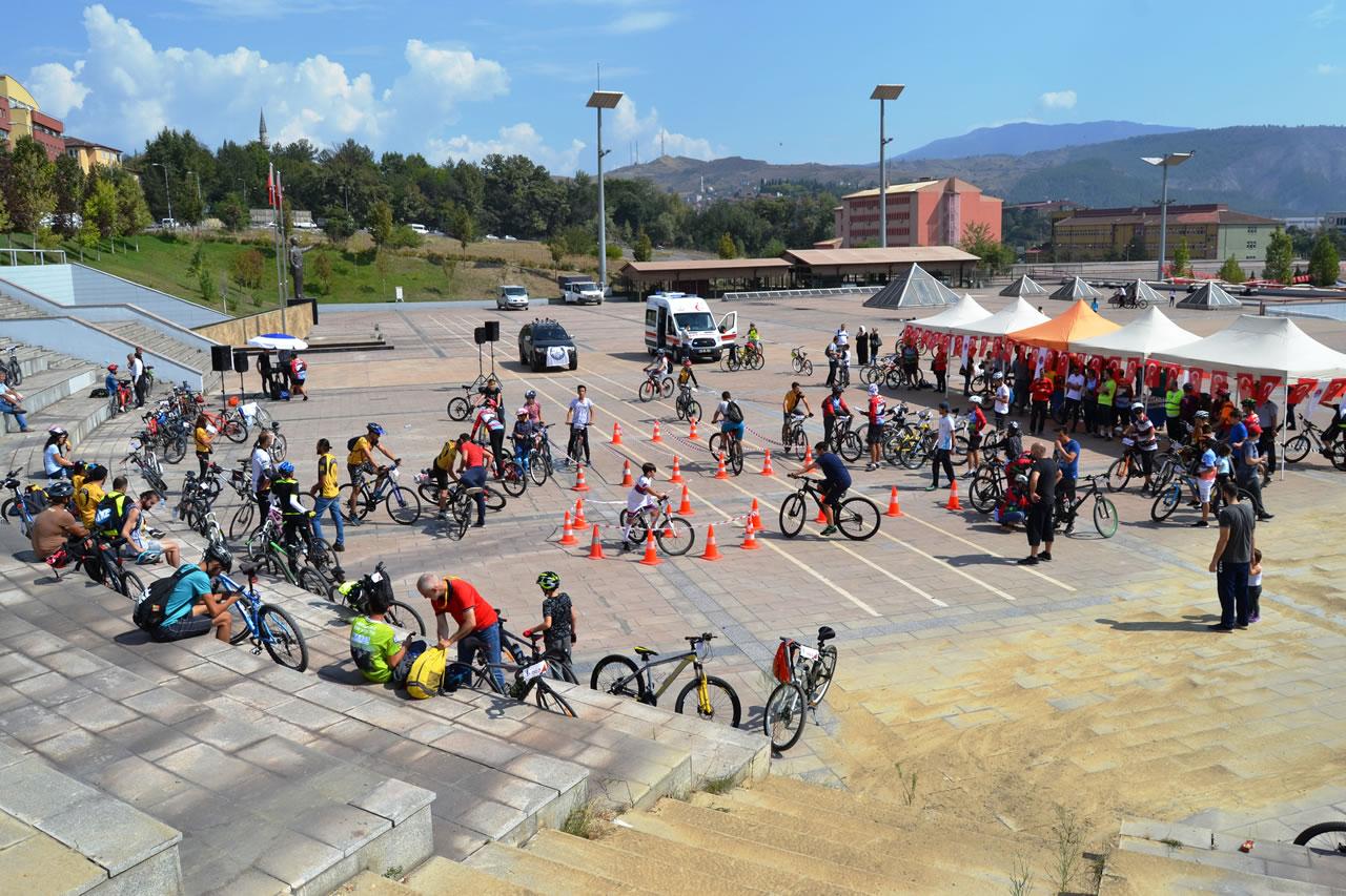 Geleneksel Bisiklette Farkındalık Turu Gerçekleştirildi