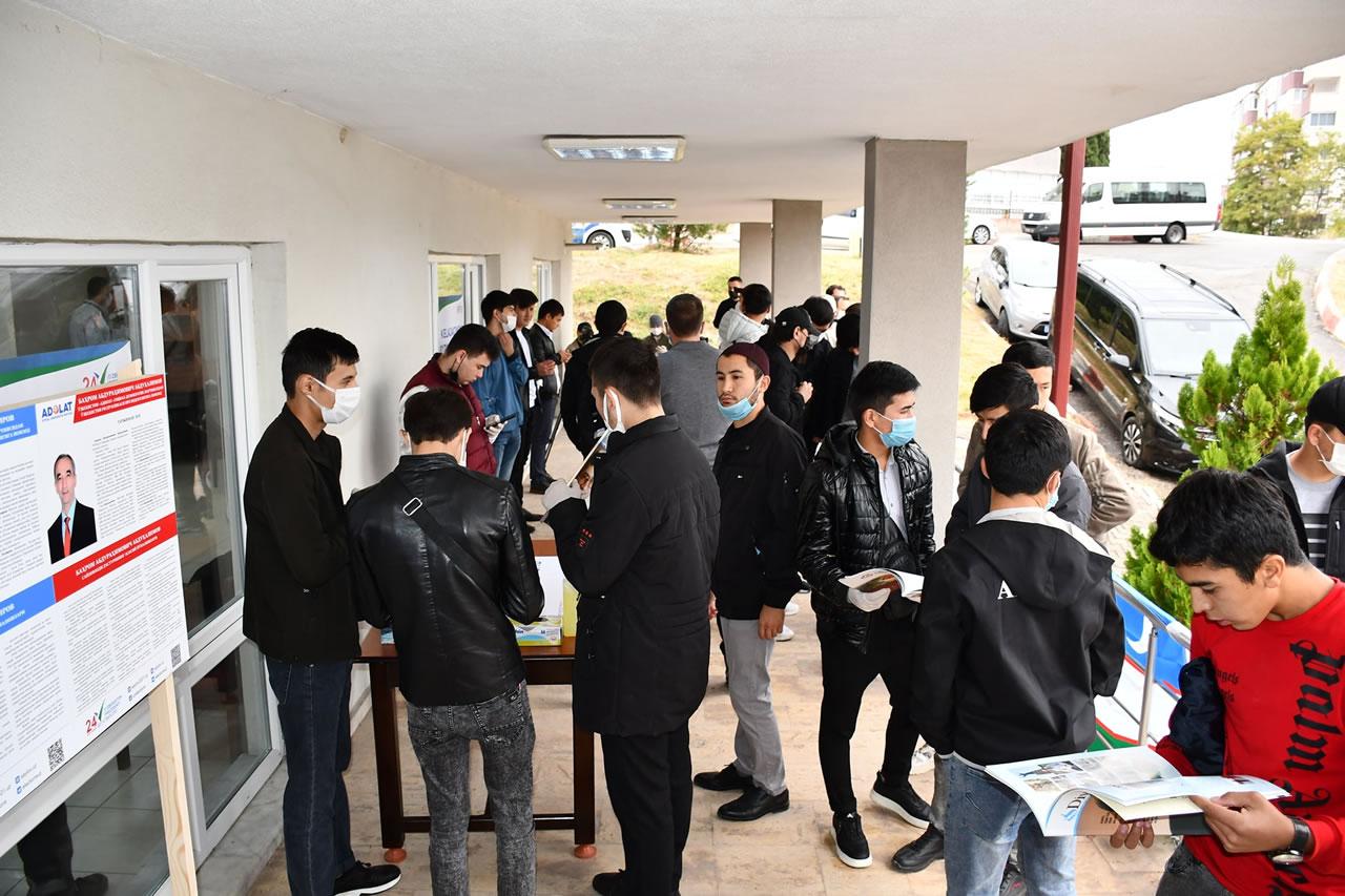Özbekistanlı Kardeşlerimizi Üniversite Mahallesi Sosyal Yaşam Merkezimizde Misafir Ettik
