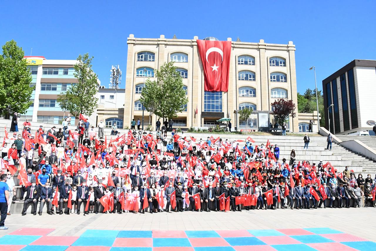 19 Mayıs Atatürk'ü Anma Gençlik ve Spor Bayramı Karabük'te Coşkuyla Kutlandı